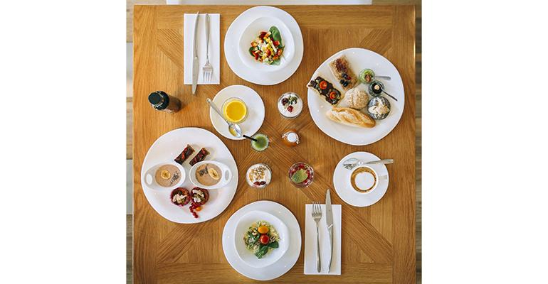 Desayuno saludable en el hotel Alfonso XII Lealtad